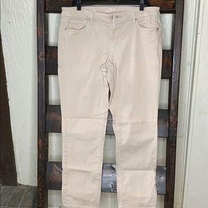 Jeans.            H1